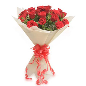 Flower Delivery In Chennai Valentine S Day Flowers To Chennai Red
